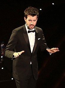 220px-Jack_Whitehall_(cropped)